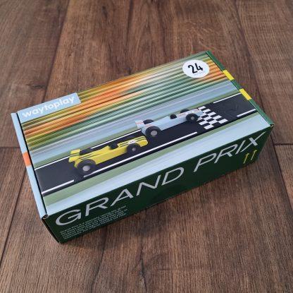 waytoplay grandprix 24-delig verpakking liggend opp een houten vloer